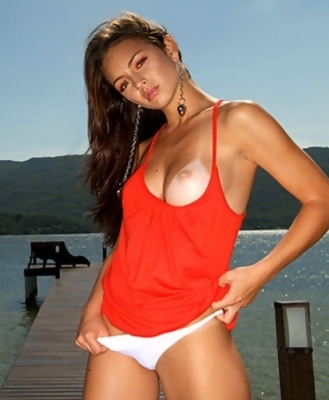 Sexy Agatha Ramos